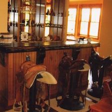Woodworking | Wood Benches | Custom Bartop | Wood Floors